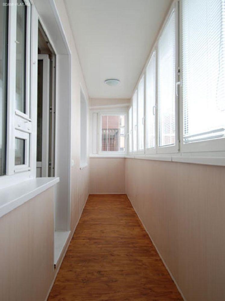 Отделка балконов и лоджий, вагонка, отделка стен в городском.